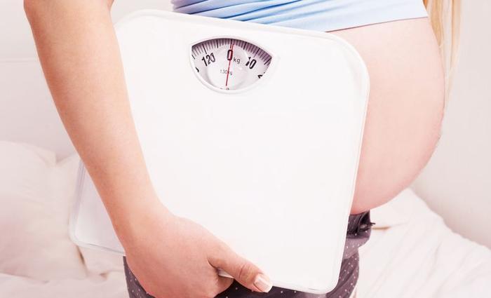 Comment limiter la prise de poids durant la grossesse ?