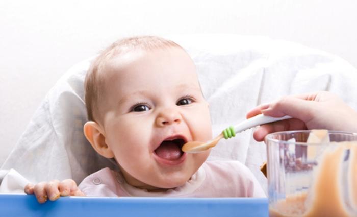 Conseils pour l'alimentation de bébé durable