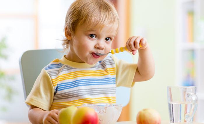Benieuwd wat Sylvan van (19 maanden) allemaal eet op een dag?