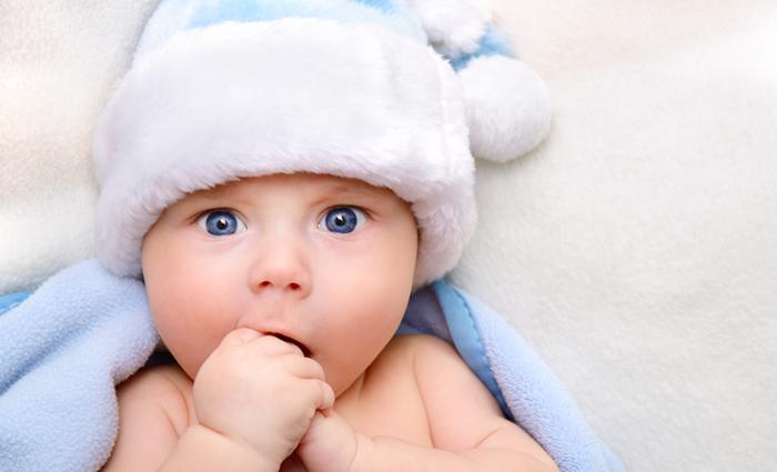 Bébé a un rhume : que faire?