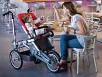 Taga is een buggy en fiets in een