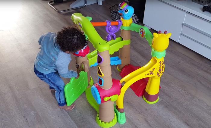 Drie moeders testten de Activity Garden Treehouse van Little Tikes