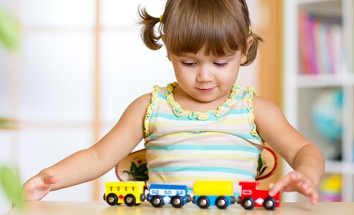 speelgoed_trein_shutterstoc