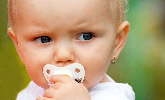 baby oorbellen