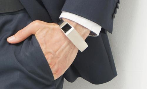 Fibo, slimme armband voor papa's