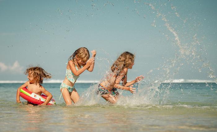 Shopping maillots enfant : l'été sera olé olé