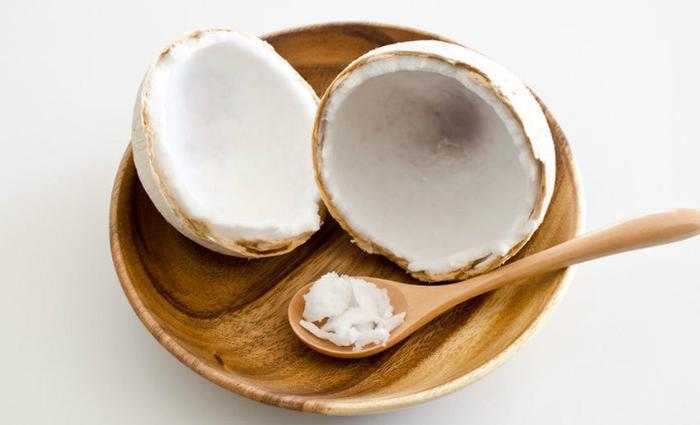 L'huile de coco, toute la famille en profite