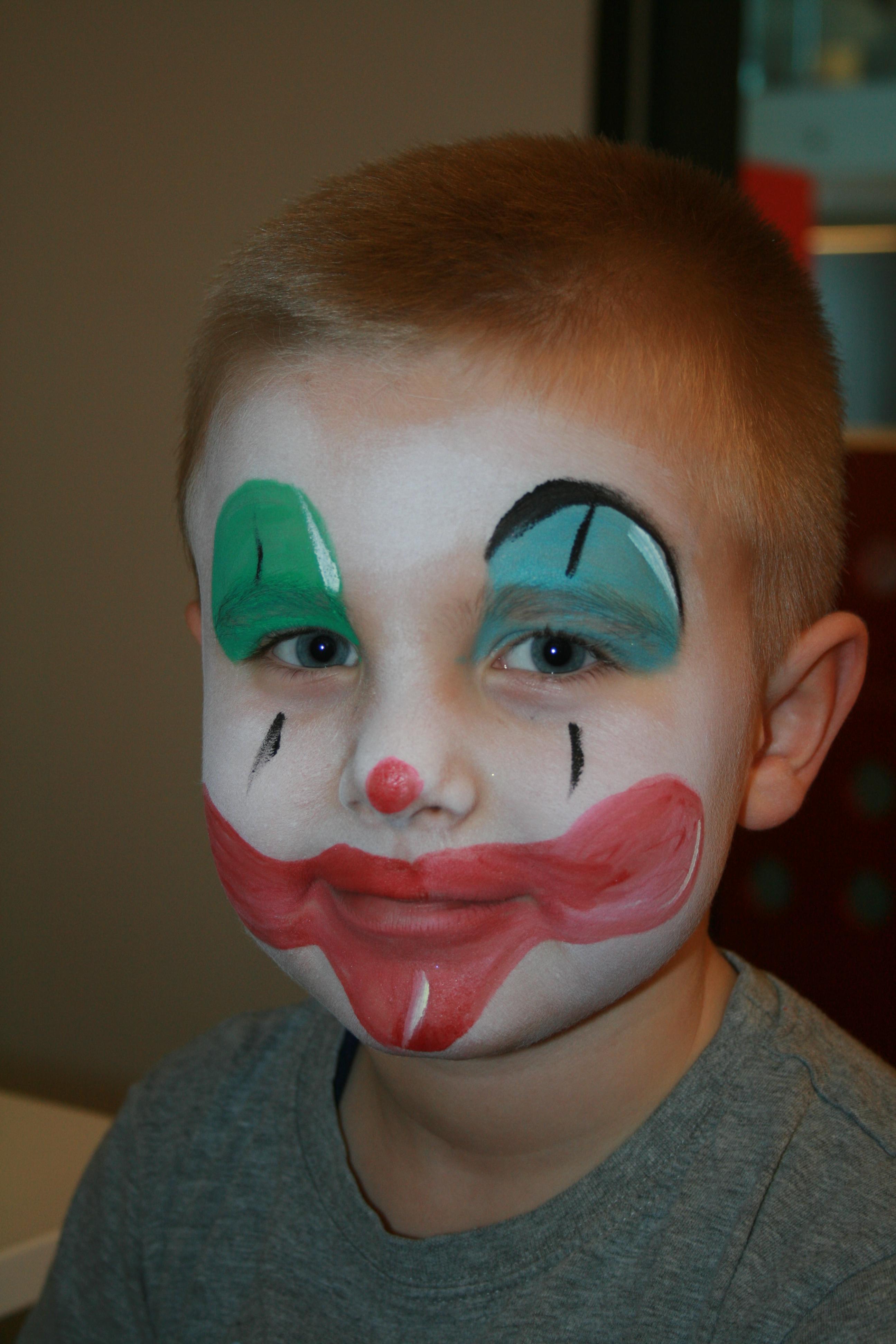 grimeren voor carnaval clown peuter 1 jr 9 12 mnd. Black Bedroom Furniture Sets. Home Design Ideas