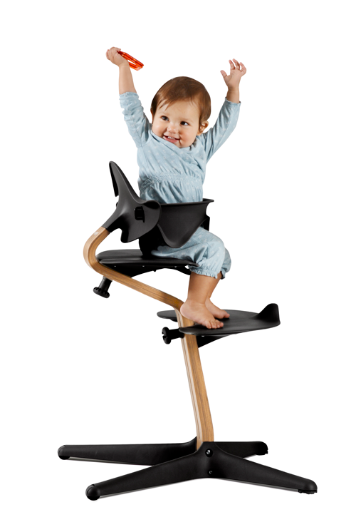 ontwerper tripp trapp maakt nieuwe design kinderstoel libelle mama. Black Bedroom Furniture Sets. Home Design Ideas