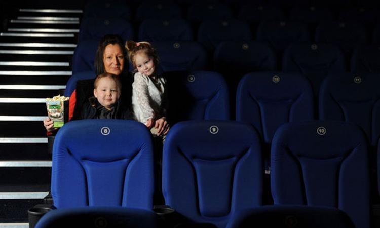 Bioscoop vervult wens 5-jarig kankerpatiëntje