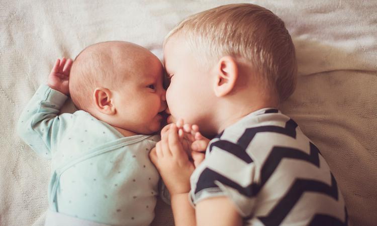 Oudste kind bij de bevalling