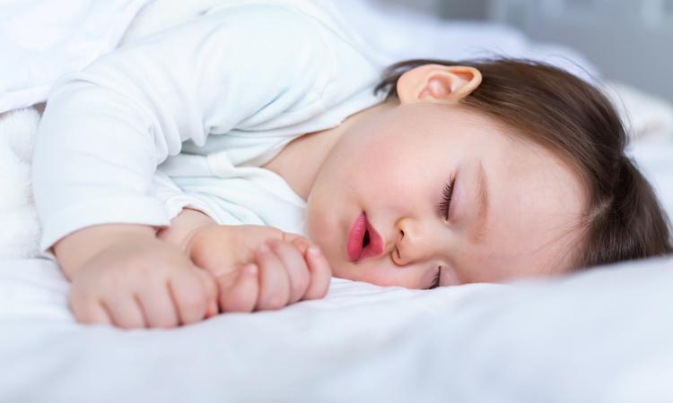 Slaapapneu bij baby of kind