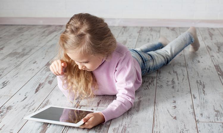 'Kinderen vaker online dan voor tv'