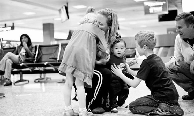 Fotoserie: hereniging adoptiefamilies