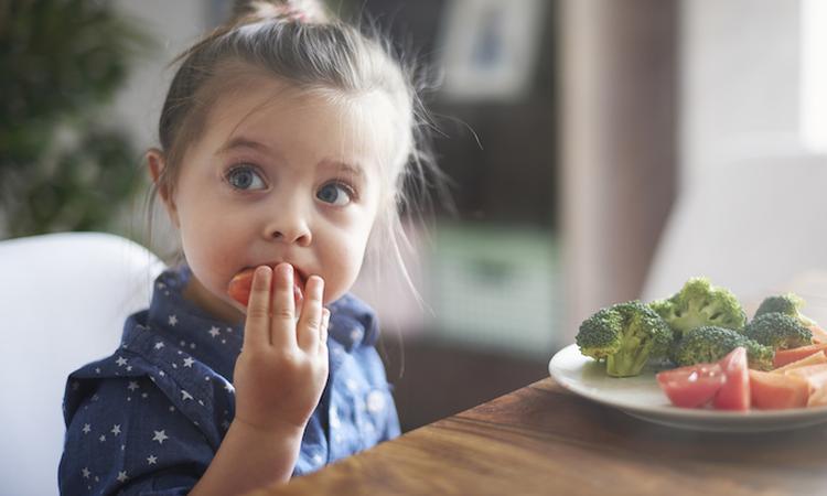 99% van de kinderen eet te weinig groente