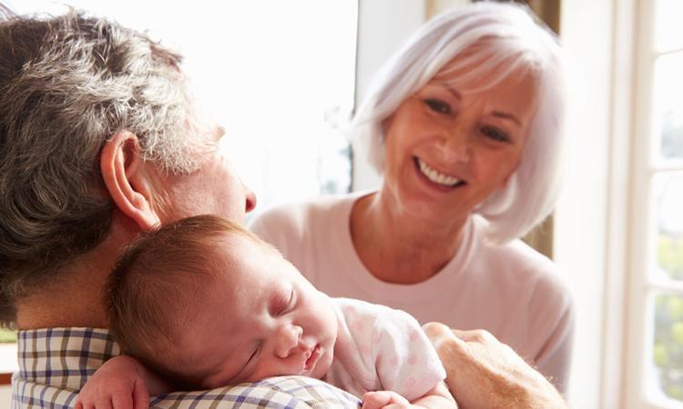 Opvallend: 1 op de 5 Britse grootouders vindt naam kleinkind stom