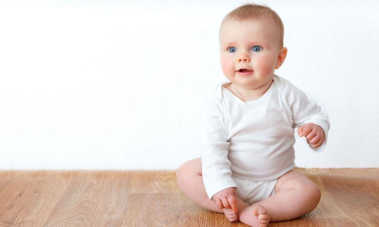 Leren zitten: wanneer kan een baby zitten?