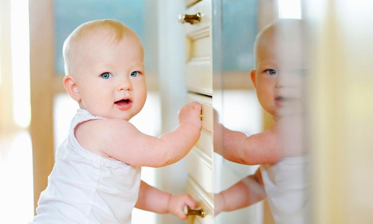 Baby 10 maanden oud: leren lopen