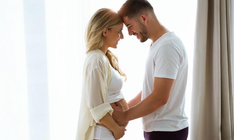 Onderzoek: je man oraal bevredigen vermindert mogelijk de kans op een miskraam