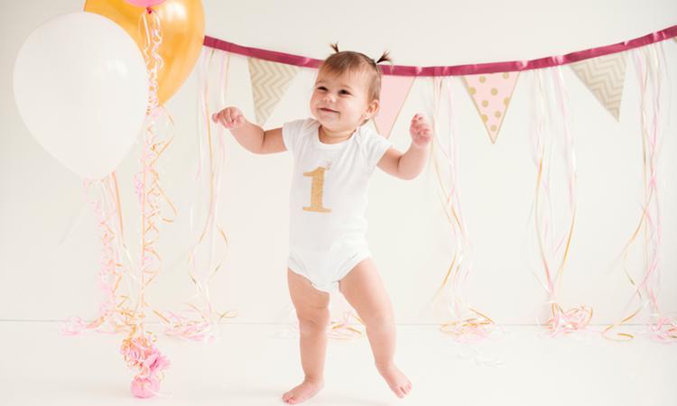 Baby 12 maanden oud: eerste verjaardag