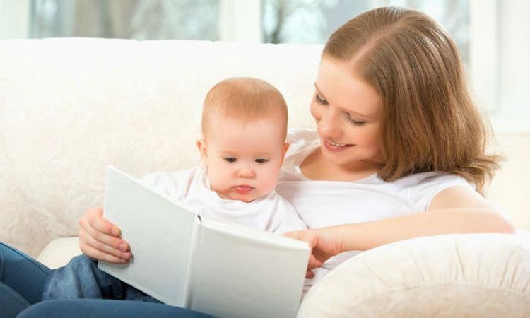 Voorlezen goed voor prikkelbare baby's
