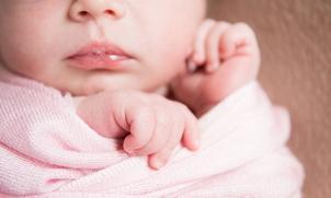 Waarom blaast mijn baby bellen?