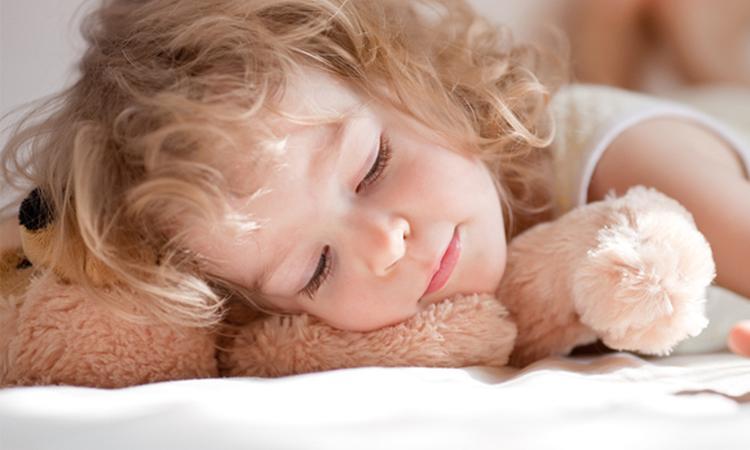 Vroeg naar bed: goed voor kind én moeder