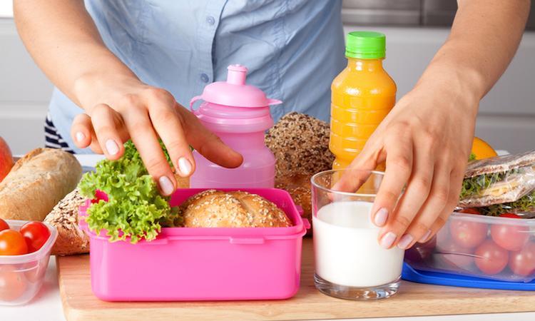 Lunchtrommel-hack: Zó blijft het lekkers voor je kind heerlijk koel