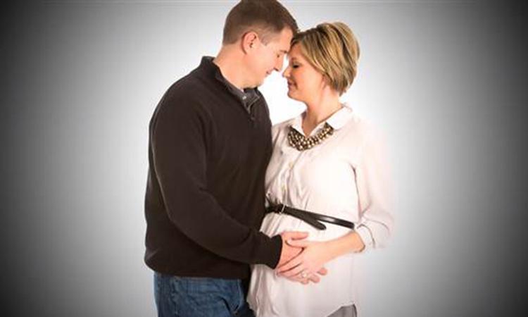 Fotoshoot met doodzieke pasgeborenen
