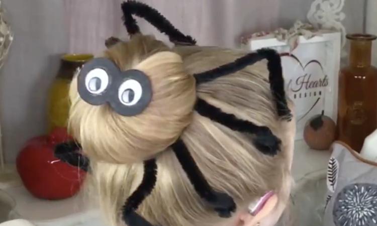 Twist het haar van je dochter in een griezelige spin