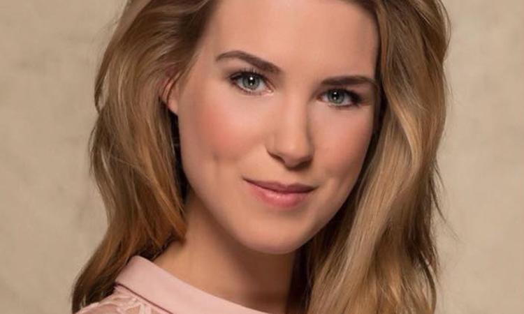 GTST-actrice Inge Schrama zwanger van tweede kindje