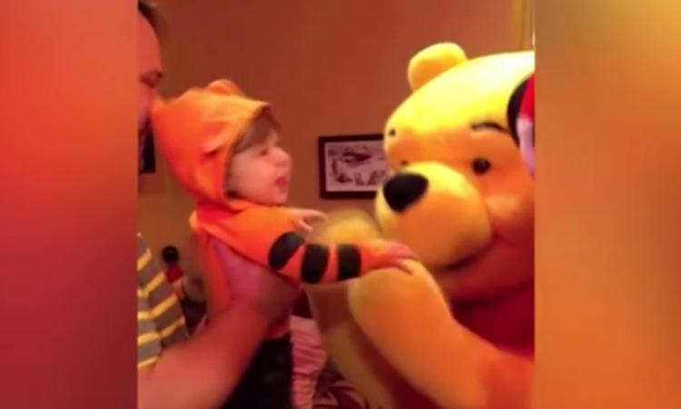 Winnie de Poeh-fan door het dolle heen bij ontmoeting met zijn grote helden