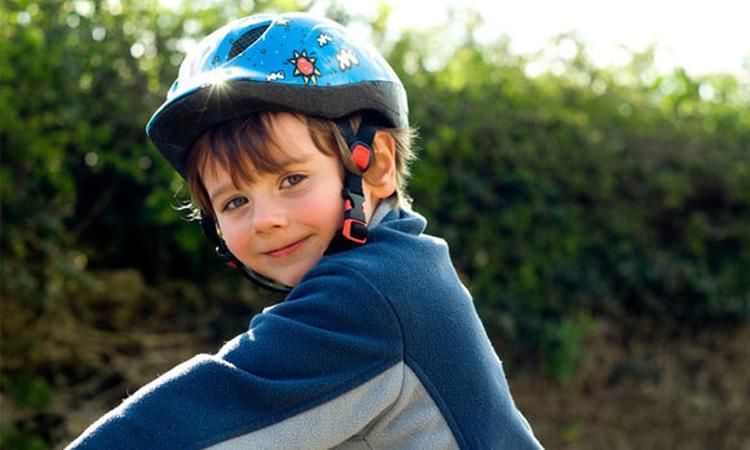 Onenigheid over verplichten fietshelm