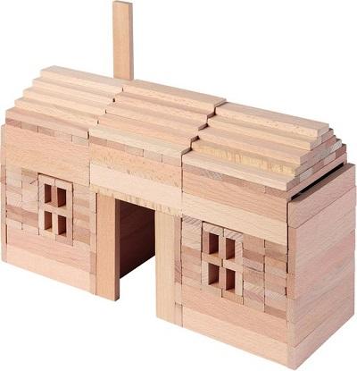 Houten blokkendoos huis bouwen