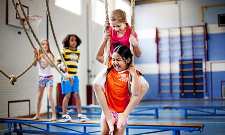 Basisscholen geven te weinig gymles