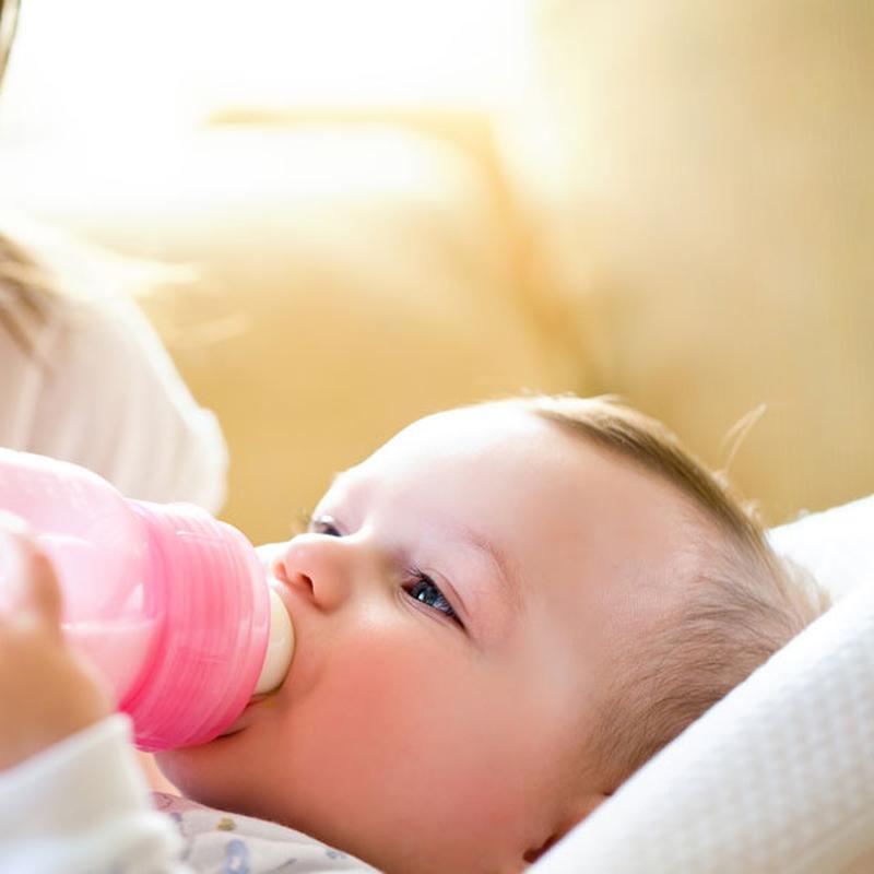 Voedingsschema Flesvoeding Hoeveel Heeft Mijn Baby Nodig