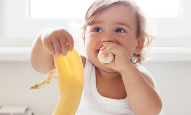 6 maanden: wat mag je baby eten?