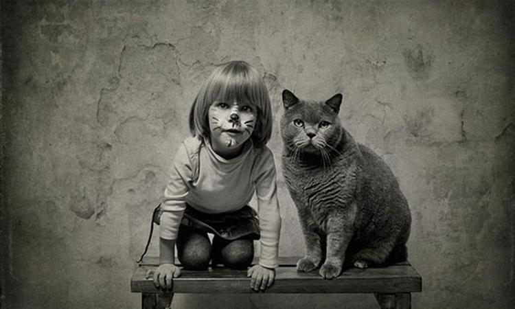Bijzondere band tussen meisje en kat