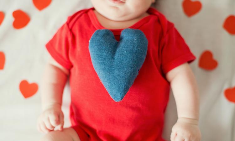 De leukste babykleding, speciaal voor Valentijnsdag