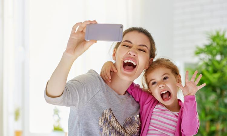 13 selfies die laten zien hoe het is om moeder te zijn