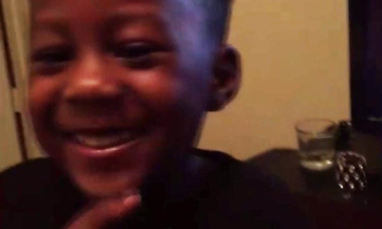 Jongetje wil 'vies' woord niet uitspreken