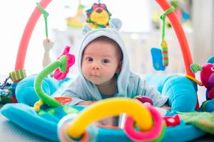 baby in babygym