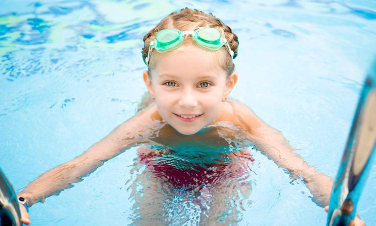 Hoe verzorg je de huid na het zwemmen?