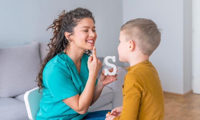 Logopedie bij kinderen, wanneer met je kind naar de logopedist?