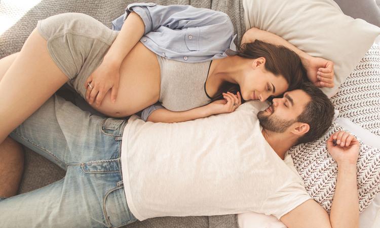 Seks tijdens de zwangerschap? Veel koppels vinden het maar 'eng'