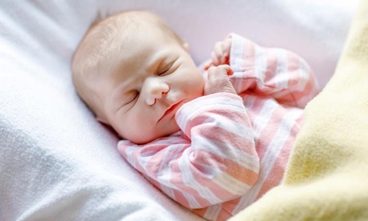 pasgeboren baby - Geelzucht