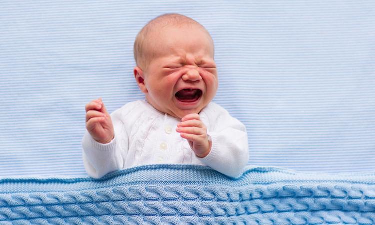Nederlandse pasgeborenen huilen vaker dan baby's uit andere landen