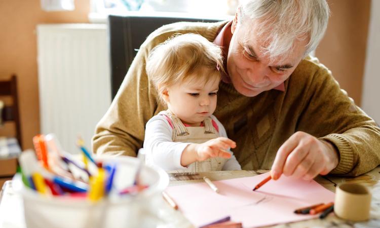 5x waarom een goede band met opa en oma belangrijk is voor je kind