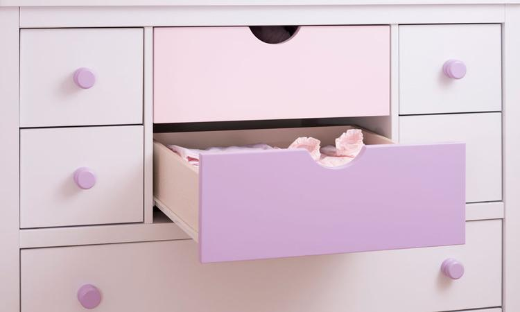 Commode: onmisbaar in de babykamer