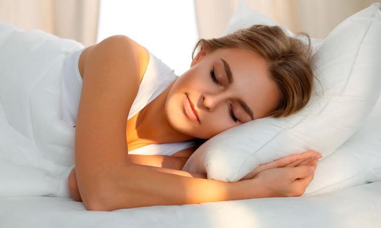Dit is dé beste kant om op te slapen als je zwanger bent